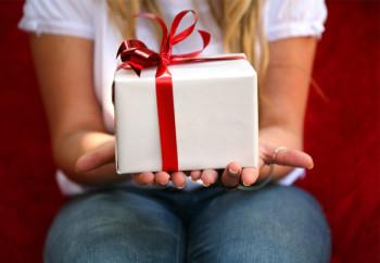Правила выбора подарка для любимого мужчины