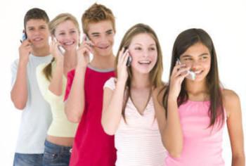 Выбираем мобильный для подростка
