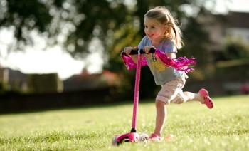 Детский самокат, как идеальный инструмент для развития вашего ребенка