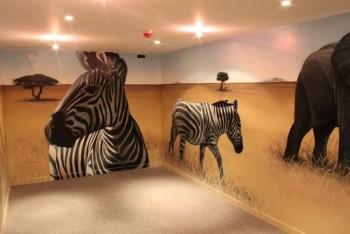 Какие проблемы в интерьере решает роспись стен