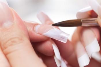 Основные преимущества разных видов наращивания ногтей
